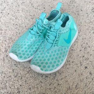 Mint Nike shoes
